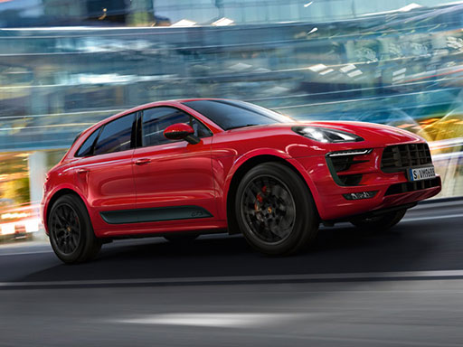 Life, intensified. The new Macan GTS.